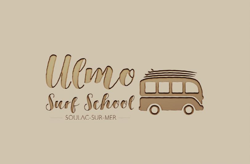 Mockup du logo Ulmo Surf School Soulac