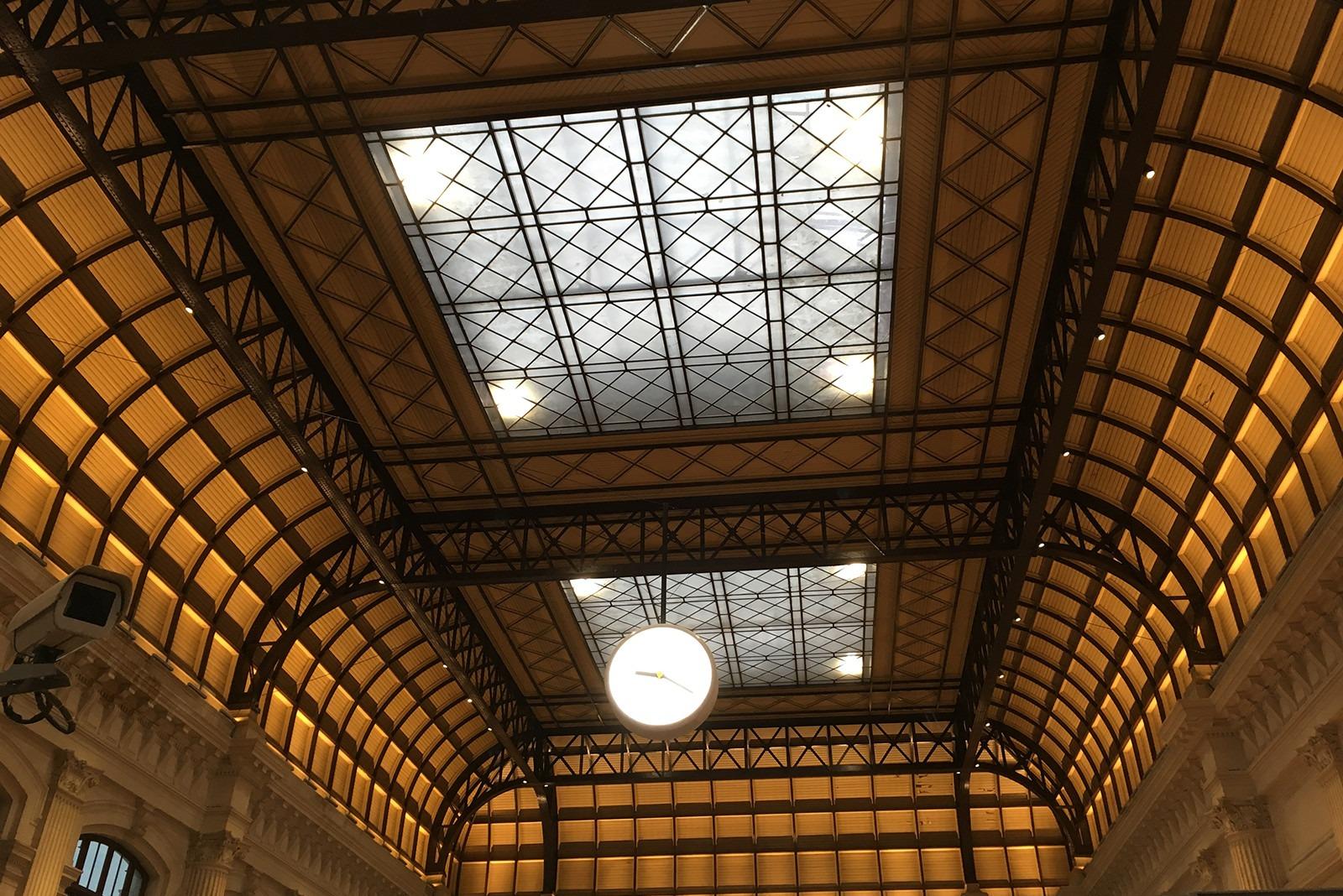 Plafond de la gare SNCF de Bordeaux St Jean